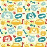 Teste padrão sem emenda brilhante com gato e o cão engraçados Imagens de Stock Royalty Free