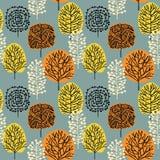 Teste padrão sem emenda com árvores Desenho da floresta do outono à mão ilustração stock
