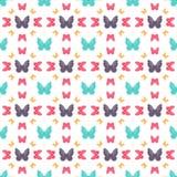 Teste padrão sem emenda com as borboletas coloridas de tamanhos diferentes Foto de Stock Royalty Free