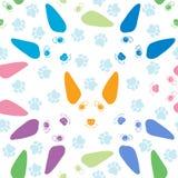 Teste padrão sem emenda com as caras bonitos do cão e os traços do cão Vec colorido ilustração stock