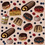 Teste padrão sem emenda com bolos e as bagas doces em um fundo arenoso ilustração royalty free