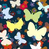 Teste padrão sem emenda com borboletas e flores Fotografia de Stock Royalty Free