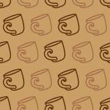 Teste padrão sem emenda com caneca de café em um fundo marrom Ilustração de copos bebendo do café ou de chá Fotografia de Stock