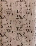 Teste padrão sem emenda com letras do alfabeto na ordem aleatória imagens de stock royalty free
