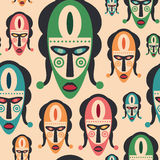Teste padrão sem emenda com máscaras coloridas do carnaval Fotografia de Stock
