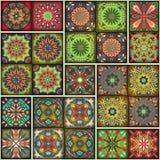 Teste padrão sem emenda com mandalas decorativas Elementos da mandala do vintage Retalhos coloridos Foto de Stock