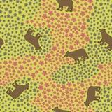 Teste padrão sem emenda com o urso engraçado grande no prado com flores ilustração stock