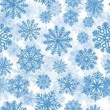 Teste padrão sem emenda com os flocos de neve brilhantes azuis Decoração do Natal de confetes da lantejoula Imagem de Stock Royalty Free