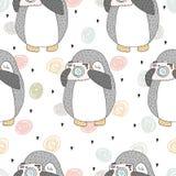 Teste padrão sem emenda com pinguins bonitos Face das mulheres Hand-drawn de illustration Vetor Fotografia de Stock