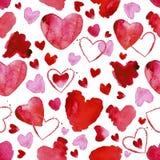 Teste padrão sem emenda da aquarela com coração vermelho e cor-de-rosa no fundo branco Fotografia de Stock