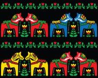 Teste padrão sem emenda da arte popular do cavalo de Dala do sueco no preto Imagem de Stock Royalty Free
