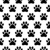 Teste padrão sem emenda da cópia das patas dos cães em um fundo branco ilustração do vetor