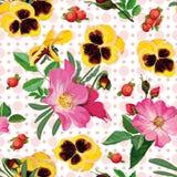Teste padrão sem emenda das rosas, dos pansies e das bagas Fotografia de Stock Royalty Free