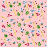 Teste padrão sem emenda de artigos de papelaria diferentes pintado no rosa Imagem de Stock