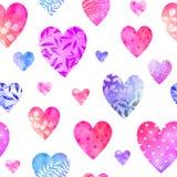 Teste padrão sem emenda de corações decorativos multicoloridos Fotografia de Stock Royalty Free
