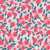Teste padrão sem emenda de flores e das folhas tropicais em um fundo branco Ilustração do vetor à disposição tirada horizontalmen ilustração do vetor