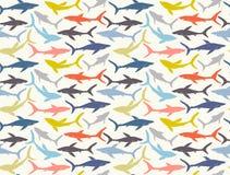Teste padrão sem emenda de silhuetas desenhados à mão dos tubarões Fotografia de Stock Royalty Free