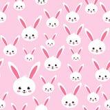 Teste padrão sem emenda do coelho da Páscoa no fundo cor-de-rosa Fotos de Stock