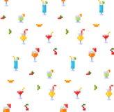 Teste padrão sem emenda do estilo da arte do pixel de bebidas do verão do gelo e do alcoólico e de cocktail da praia Frutos e raf fotos de stock royalty free