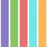 Teste padrão sem emenda do fundo do às bolinhas com as listras azuis lilás cor-de-rosa alaranjadas verdes Vetor Imagens de Stock Royalty Free