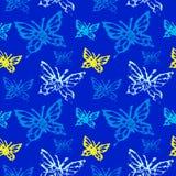 Teste padrão sem emenda do Grunge com butterflys Imagens de Stock Royalty Free