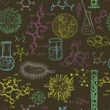 Teste padrão sem emenda do laboratório de ciência com micróbios e vírus Grupo do projeto do vintage Fotos de Stock Royalty Free