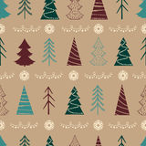 Teste padrão sem emenda do Natal com abeto, flocos de neve, festões Fotos de Stock