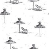 Teste padrão sem emenda do vetor com guarda-chuvas de praia Mão do vintage desenhada Imagens de Stock Royalty Free