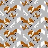 Teste padrão sem emenda do vetor com mão bonito as raposas e as folhas tiradas ilustração royalty free
