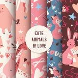 Teste padrão sem emenda dos animais bonitos com beijo da ilustração do vetor dos caráteres raposa, do coelho, do girafa e dos pás imagens de stock
