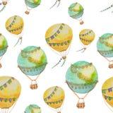 Teste padrão sem emenda dos balões com as cestas pintadas na aquarela Imagens de Stock Royalty Free