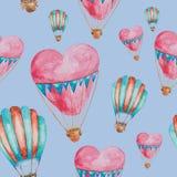 Teste padrão sem emenda dos balões na forma do coração com cestas Foto de Stock