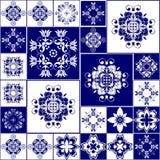 Teste padrão sem emenda dos retalhos com design floral imagem de stock royalty free