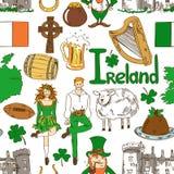 Teste padrão sem emenda dos símbolos irlandeses Foto de Stock