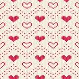 Teste padrão sem emenda feito malha com corações Ornamento romântico para a camiseta Fundo do vetor Fotos de Stock Royalty Free
