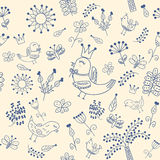 Teste padrão sem emenda floral no estilo da garatuja com pássaros bonitos Imagem de Stock Royalty Free