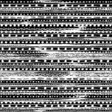 Teste padrão sem emenda listrado colorido com cursos ornamentado da garatuja e mão tirados tirbal da escova Ilustração do vetor p ilustração stock