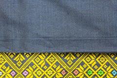 Teste padrão tailandês da tela de seda fotografia de stock royalty free