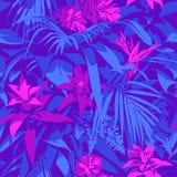 Teste padrão tropical havaiano ultravioleta sem emenda com, folhas de palmeira e flores Fotos de Stock