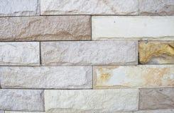 Teste padrão velho da parede de tijolos de Brown Fotos de Stock