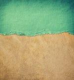 Teste padrão de couro velho do fundo da textura e papel rasgado vintage Fotos de Stock