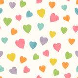 Teste padrão sem emenda abstrato com mão colorida brilhante corações tirados Fotografia de Stock Royalty Free