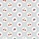 Teste padrão sem emenda com cereja doce e morangos Fotografia de Stock Royalty Free