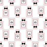 Teste padrão sem emenda da beleza de garrafas de perfume com curvas e corações Imagem de Stock Royalty Free