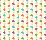 Teste padrão sem emenda retro do vetor com corações coloridos Fotos de Stock Royalty Free