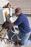Testende AC Compressor Stock Foto