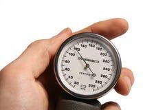 Tester di pressione sanguigna a disposizione immagine stock