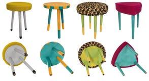 Testes padrões coloridos de madeira do tamborete feito a mão Assentos multicoloridos de Fotos de Stock