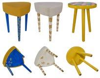Testes padrões coloridos de madeira do tamborete feito a mão Assentos multicoloridos de Imagem de Stock Royalty Free