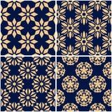 Testes padrões florais Grupo de fundos sem emenda azuis dourados Fotografia de Stock